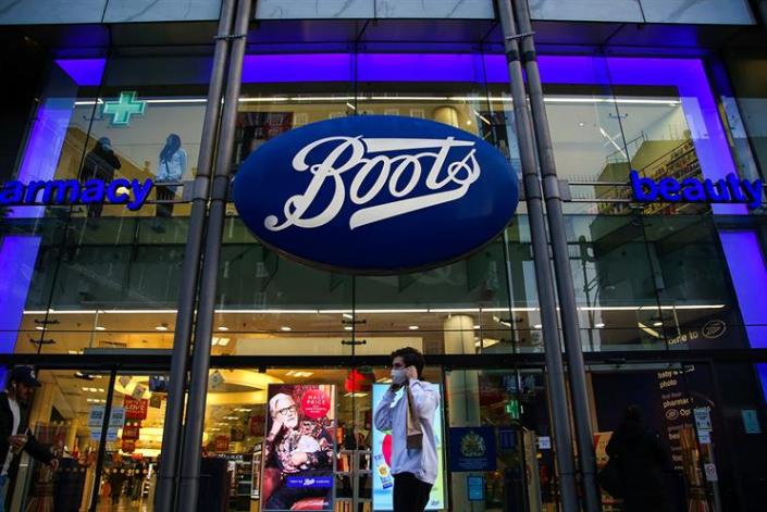 TALKTOBOOTS - Talk To Boots Survey